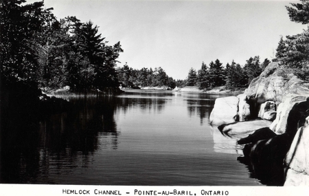 Hemlock Channel - Pointe-au-Baril
