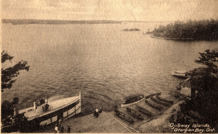 Ojibway Hotel Dock around 1914 - Waukon